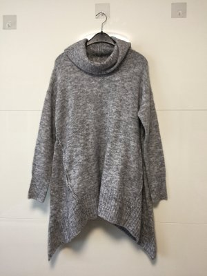 Reserved Cape grey