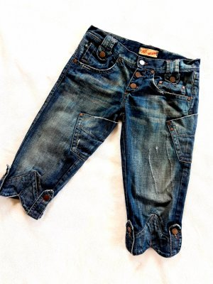 Capri Radler Designer Jeans Sexy Woman usedlook jeansblau Gr XS von Einstein Progetti & Prodotti