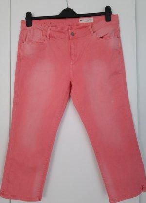 Esprit Pantalon capri rouge clair