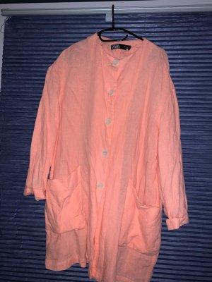 Cardigan/langes Hemd in coral Farbe von Zara