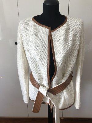 Cardigan tricotés blanc cassé-chameau