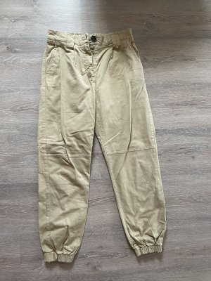 Bershka Pantalon cargo beige
