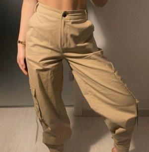 NA-KD Pantalón de camuflaje beige