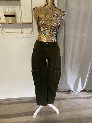 Pantalón de camuflaje verde oscuro