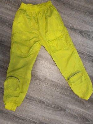PrettyLittleThing Pantalón de camuflaje amarillo neón