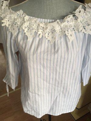 Carmen blouse wit-lichtblauw