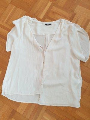Carmenbluse mit schönen Knöpfen in weiß