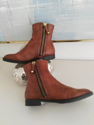 Carmens Low boot brun