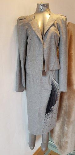 Carolina Herrera Traje para mujer gris