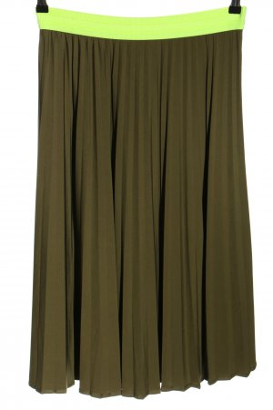 Cartoon Pleated Skirt brown-green casual look