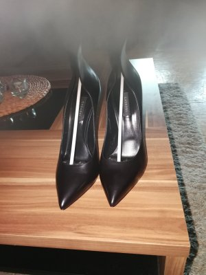 Casadei Pointed Toe Pumps black leather