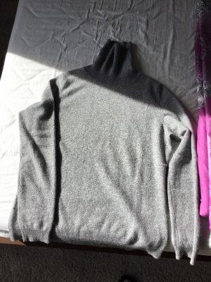 UpFashion Maglione dolcevita grigio chiaro