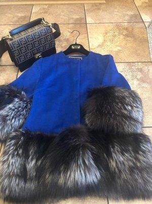 Veste de fourrure bleu-argenté
