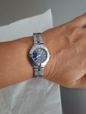 Casio Horloge met metalen riempje zilver-staalblauw