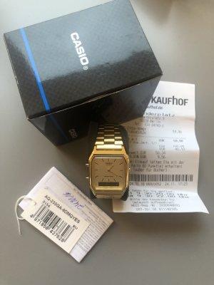 Casio Montre avec bracelet métallique doré