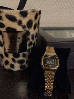 Casio Horloge met metalen riempje zandig bruin-zwart