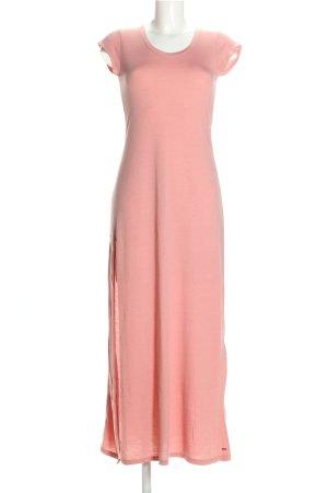Castro Maxi Dress pink casual look