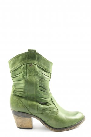 Catwalk Heel Boots green casual look