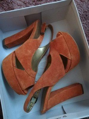 Catwalk Strapped pumps orange-russet