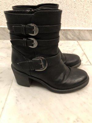 Catwalk Platform Booties black leather