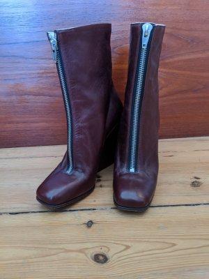 Céline Boots in Dunkelrot