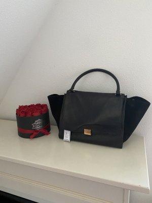 Céline Trapeze Medium Leather in Black / Schwarz & Gold schlisse