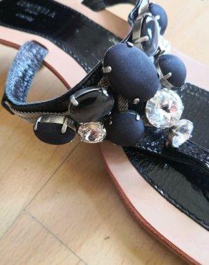 Cenedella Sandalen mit Steinen aus Italien