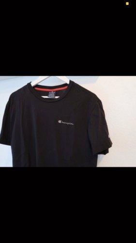 Champion T-Shirt in XL, 42