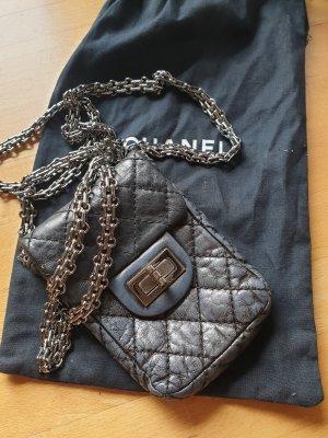 Chanel Minibolso negro