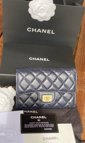 Chanel 2.55 Medium Flap Geldbörse- Marineblau- neu!