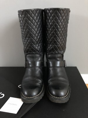 Chanel Winter Boots black