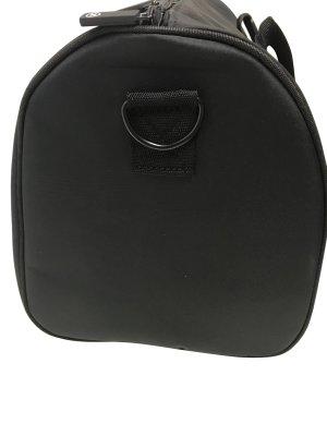 Chanel Equipaje negro fibra textil