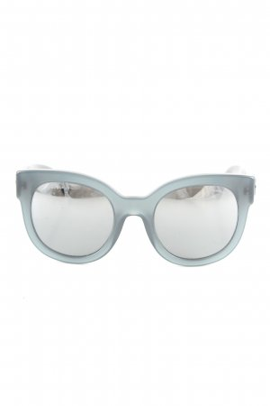 Chanel Butterfly Brille hellgrau Casual-Look