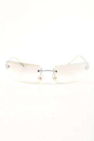 Chanel Gafas mariposa color plata look casual