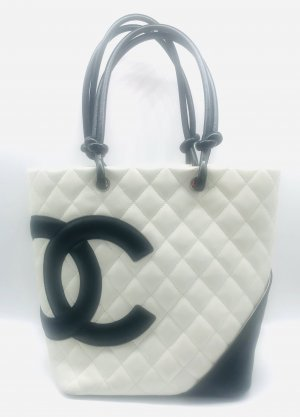 Chanel Shopper white-black