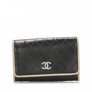 Chanel CC Lambskin Leather Key Holder