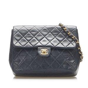 Chanel Crossbody bag black leather