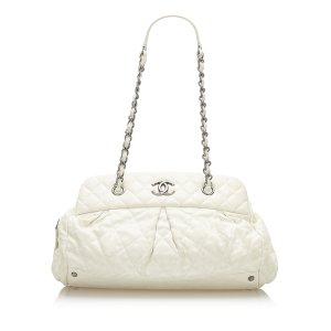 Chanel Schoudertas wit Leer