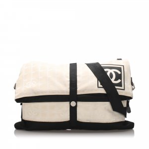 Chanel Crossbody bag white cotton