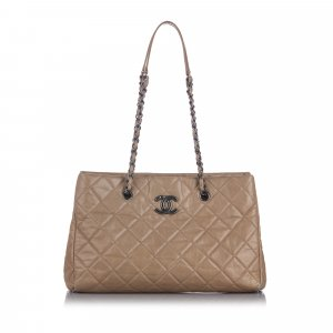 Chanel CC Quilted Leather Shoulder Bag