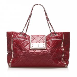 Chanel Tote red leather