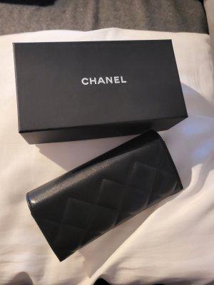 Chanel Kopertówka czarny