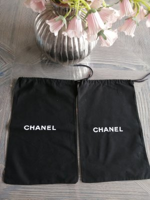 Chanel Beanie white-black