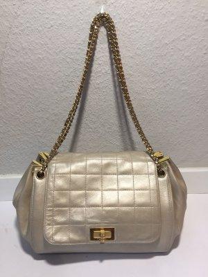 Chanel Handtasche mit Kettenhenkel schimmerndes Leder