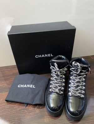 CHANEL High Top Sneaker Gr. 38,5