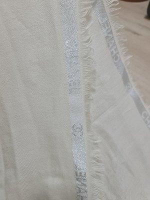 Chanel Écharpe en cachemire crème