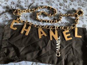 Chanel Cinturón de cadena negro-color oro