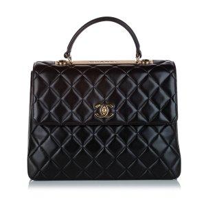 Chanel Sacoche noir cuir