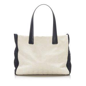 Chanel Bolso de compra blanco Nailon
