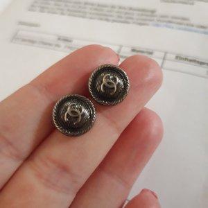 Chanel Boucle d'oreille incrustée de pierres argenté-gris